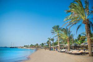 Strand van Hotel Sindbad Club in Egypte
